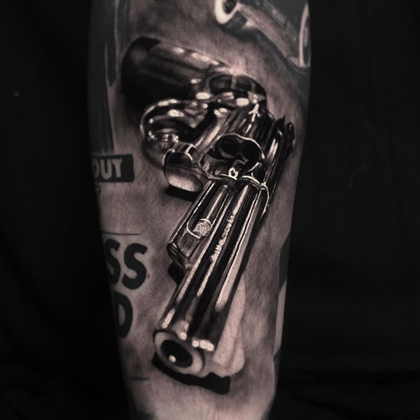 Tattoo sleeve gun